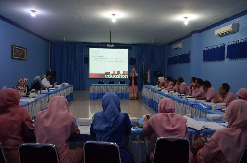 Pelatihan Preceptorship di RSM Lamongan