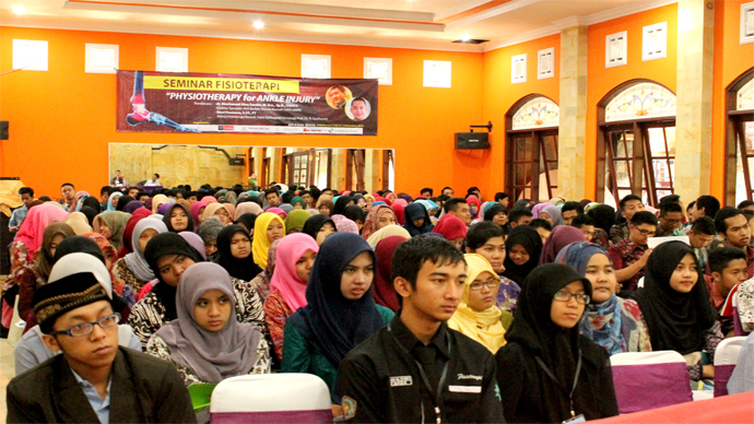 Seminar Fisioterapi - Physiotherapy for Ankle Injury