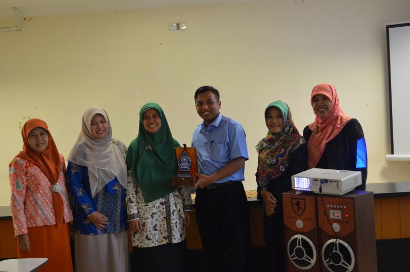Studi Banding STIKES Surakarta di Fikes UMM